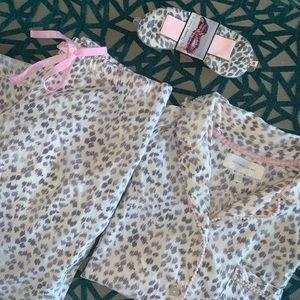 Great Victoria's Secret 3 pc Mayfair pajama set